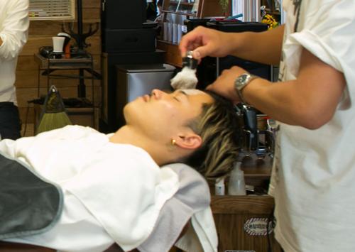 3.額剃り